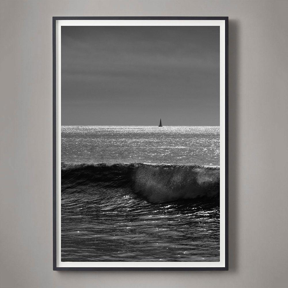black and white ocean photo