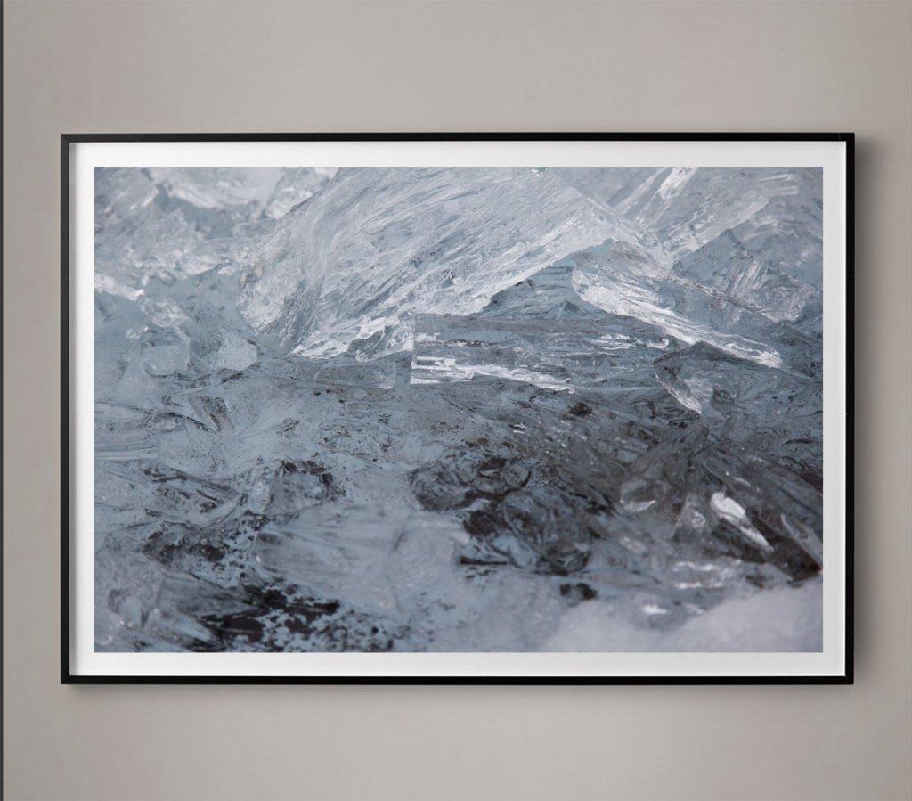 minimal glacier photo