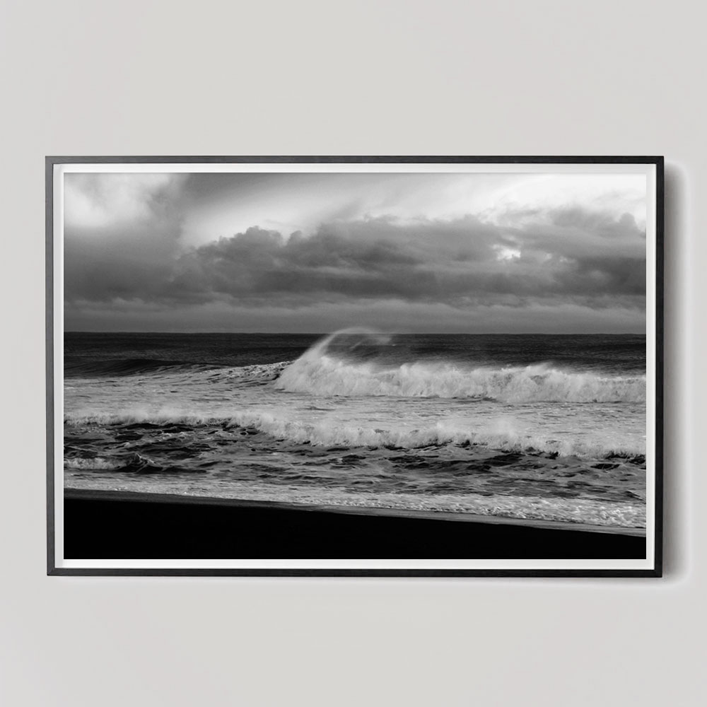 black and white ocean photo