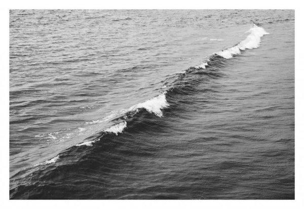 wave-bw-IMGP2009-break-unfrm