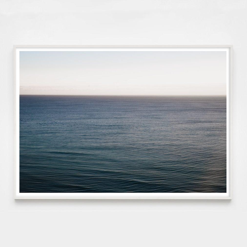 soothing ocean wave photo